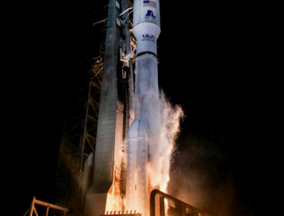 Décollage d'Atlas-5 avec GOES-R © ULA